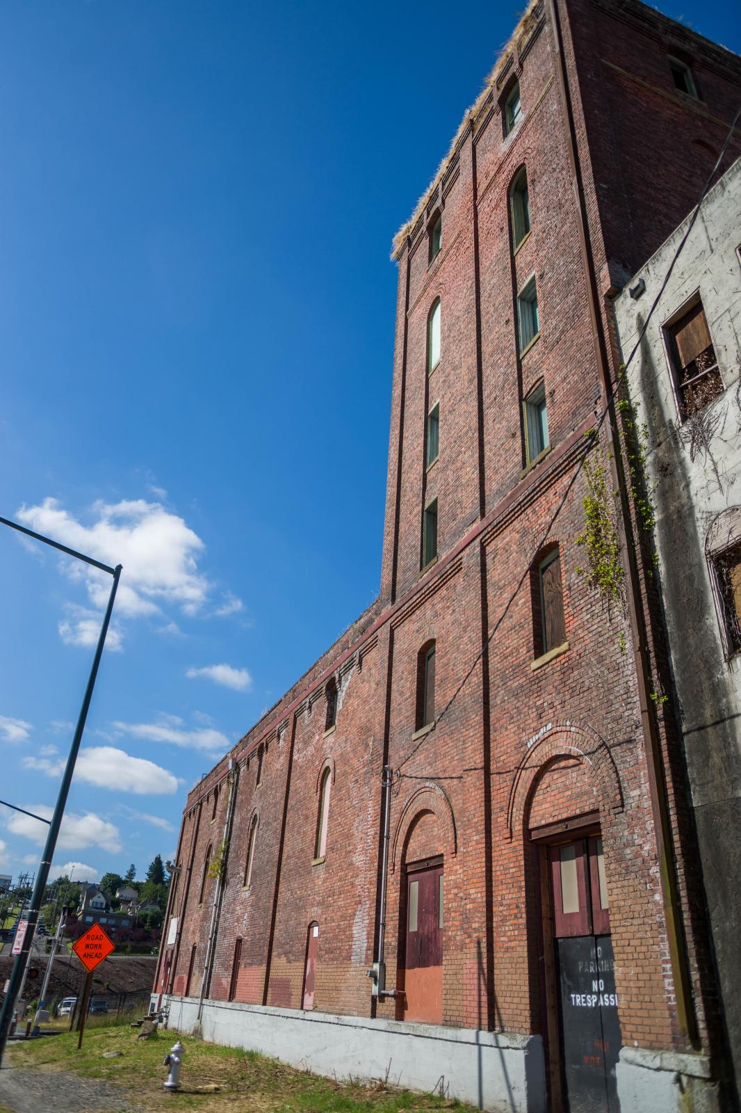 Image showing the Puget Sound Brewing warehouse and brick tower