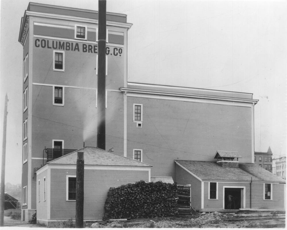Columbia Brewing Company's original building, ca. 1912 (Richards Studio, used with permission from Tacoma Public Library